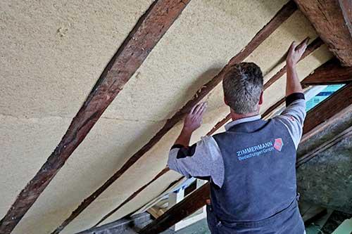 Holzfaser als Dachdämmung